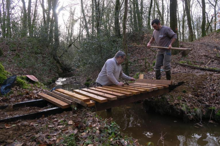 2018-03-10 Fabrication passerelle forêt Rennes-2