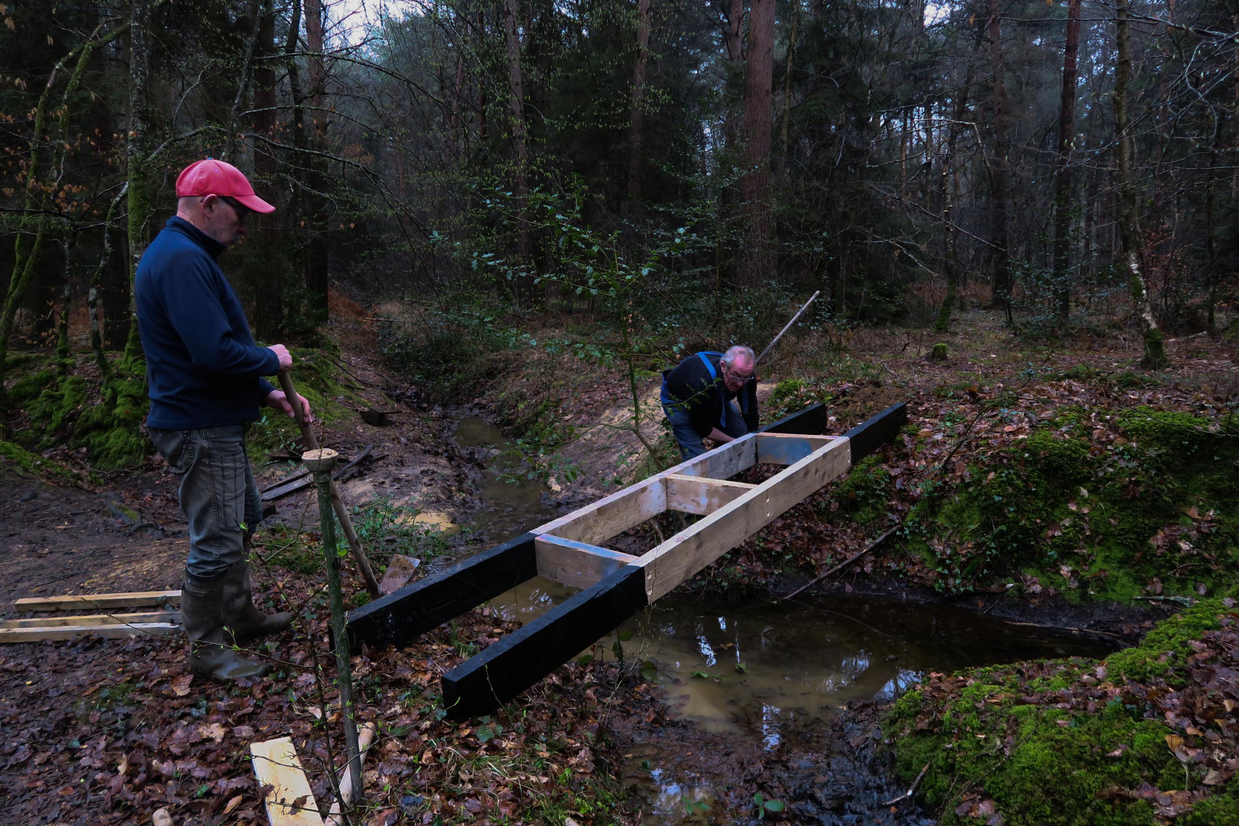 2018-03-10 Fabrication passerelle forêt Rennes 26-3